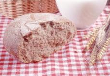 面包 牛奶杯 麦子图片