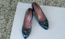 女式皮鞋图片