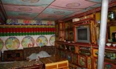 藏民房内图片