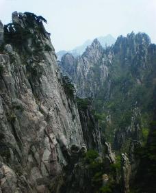 黄山峭壁图片